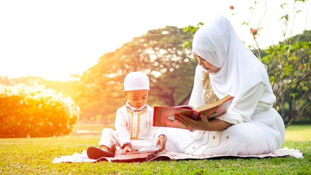 فضل حفظ القرآن للوالدين وللأطفال